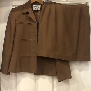 Kasper ASL shirt and jacket set size 4